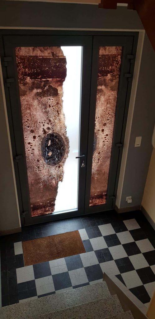 photo porte entree aluminium vitrée avec motifs